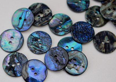 M.O.P. Button Iris